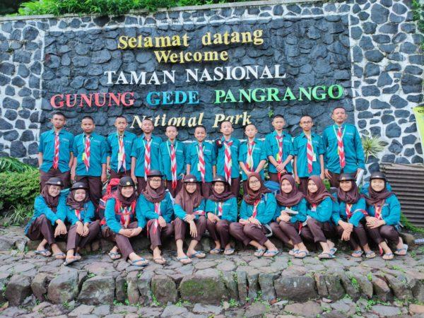 Garuda scouts's event at Mandalawangi grade eleven Islamic Junior High School Assuryaniyah